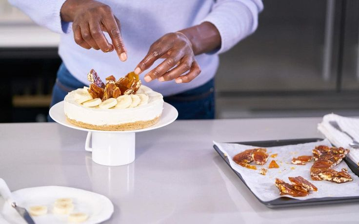 Watch TV cook Lorraine Pascale create a delicious banana Philadelphia cream cheesecake with maple syrup