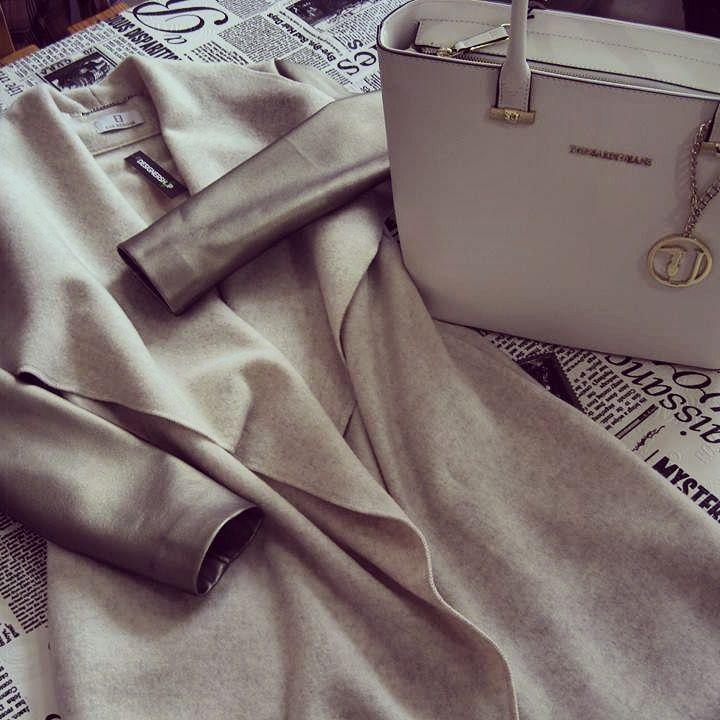 #coat with golden laether #cardigan #cardigan eva benova