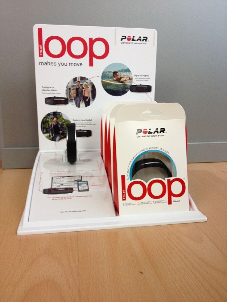 Expositor de la nueva pulsera POLAR LOOP. Pulsera de actividad Polar Loop en acción. Sincroniza tu banda de frecuencia cardíaca para contar calorías y ver tu FC. #PolarLoop #PulseraActividad #PulseraFitness #PolarLoopPulsera #pulseraEjercicio #PulseraDeportiva #pulseraPolar