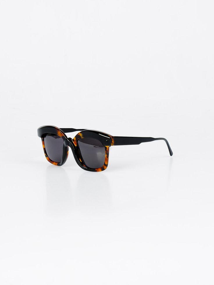 KUBORAUM , K7 Tortoise and Black Shiny Güneş Gözlüğü #shopigo#shopigono17#accessories#womenswear#menswear#fashion#sunglasses#style#colourful