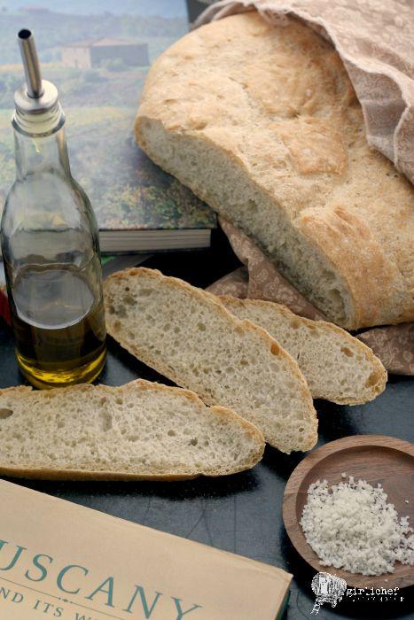Tuscan Bread (Pane Toscano) #twelveloaves