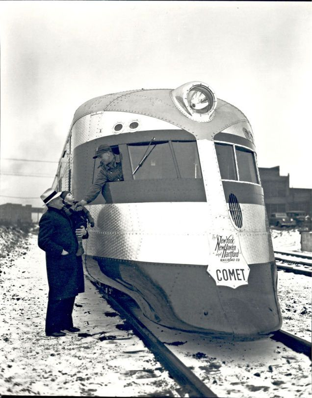 The Comet, built for the New York, New Haven and Hartford Railroad by the Goodyear-Zeppelin Company in 1935. The only example was scrapped in 1951.