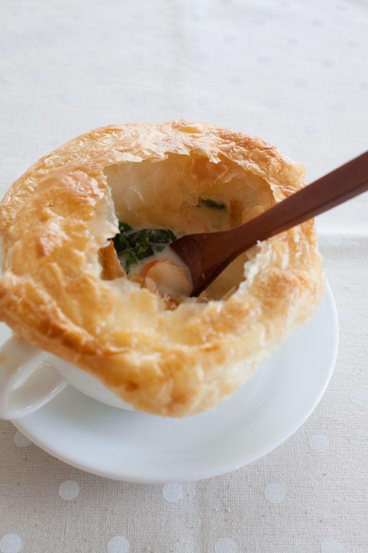 ほうれん草とシーフードのシチューポットパイ by tomo | レシピサイト「Nadia | ナディア」プロの料理を無料で検索