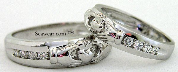 claddagh wedding ring, wonder if it would match, or look right with my awesome engagement ring