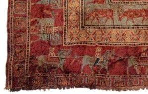 Eén van de oudste tapijten in de wereld, het Pazyryk tapijt, gevonden in 1947.