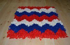 Cómo hacer una alfombra de pelo con trapillo