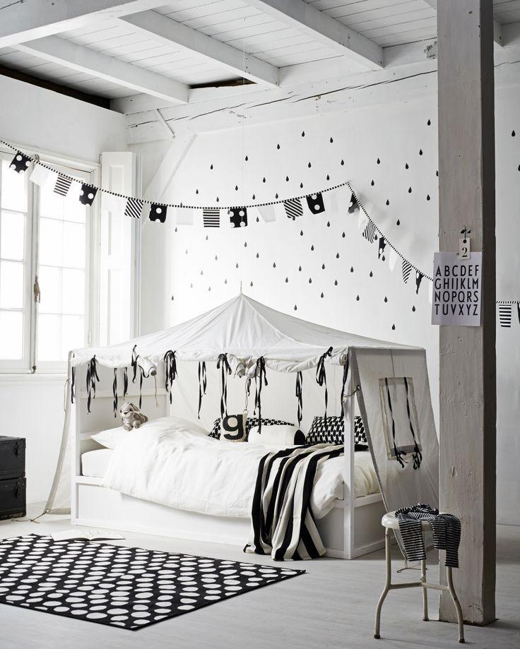 6 Ways to Customize the Ikea Kura Bed- Petit & Small