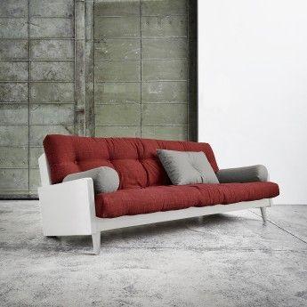 INDIE är en vacker, praktisk, klassisk soffa i massiv furu som kan användas som en dubbelsäng på 130 x 190 cm. Designad av Says Who, den kommer med en futonmadrass, 2 bolstrar och 1 fyrkantig kudde. Finns i 4 färger på soffram och 5 färgglada kombinatione
