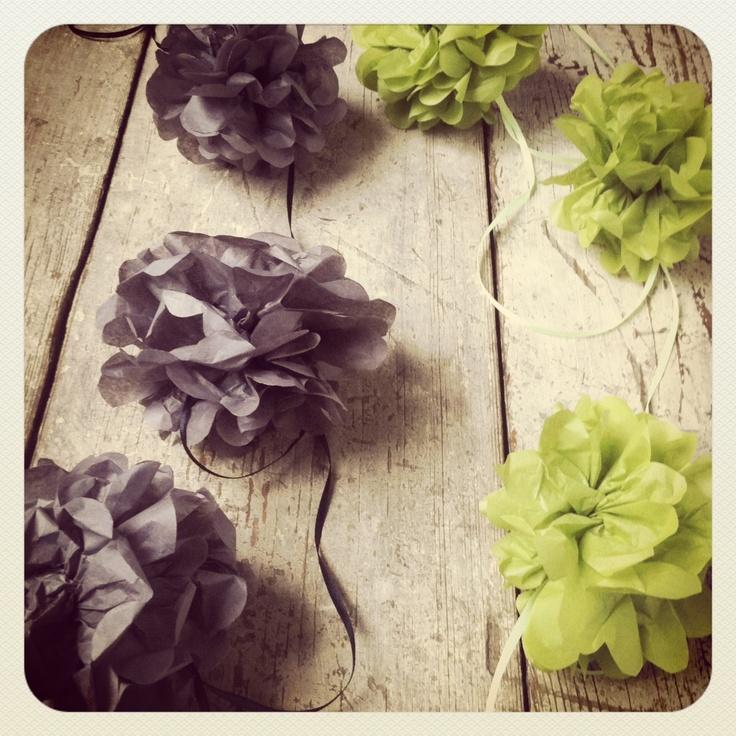 tissue paper pompom garland/ image