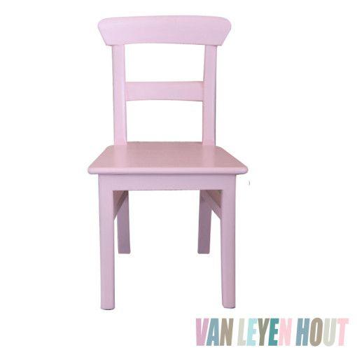 houten-kinderstoeltje-vanleyenhout-roze