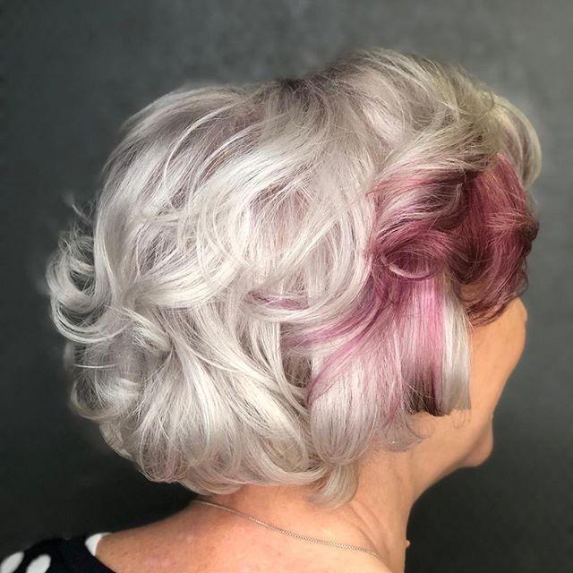 Wusstest du, dass man graues Haar veredeln kann? Übrigens auch grey shading. Da…