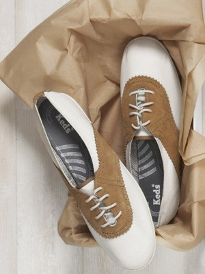 keds are by far my favorite brand of shoesSaddles Shoes, Oxfords Shoes Styl, Oxfords Keds, Fashion, Clothing Shoes Sparkle 3, Style, Saddles Oxfords, Shoes Sneakers, Tone Oxfords