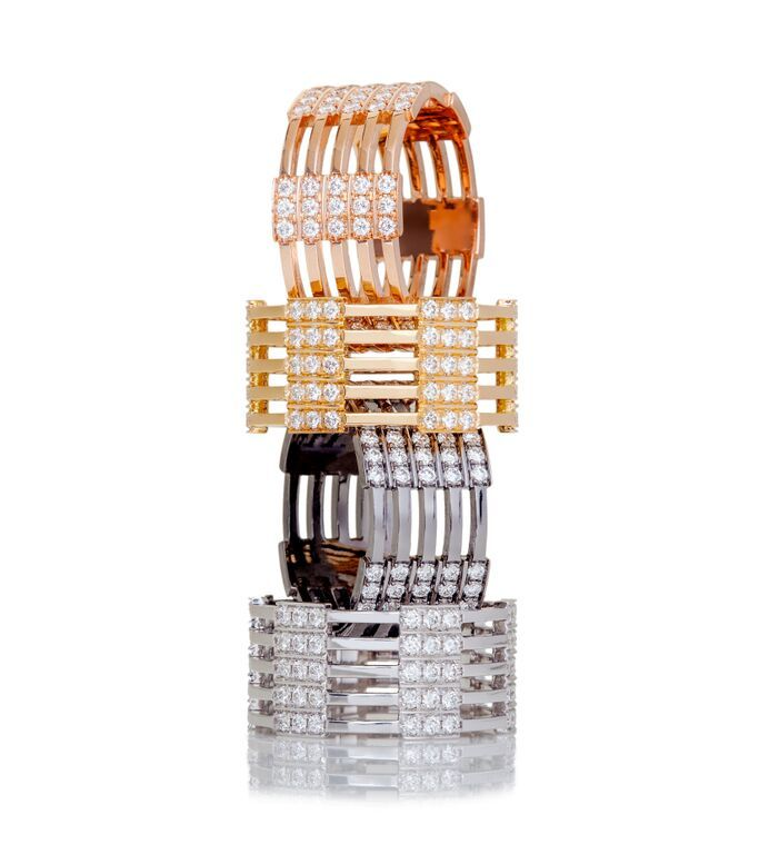 Love this tower of #MelissaKayeJewelry Izzy #rings in #18k #gold with #diamonds #jewelry #finejewelry #yellowgold #pinkgold #whitegold #blackgold #fashion #style #MKJHoliday