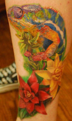This chameleon tattoo shows the color patterns of a chameleon which allows it to camouflage itself « « Ratta Tattoo
