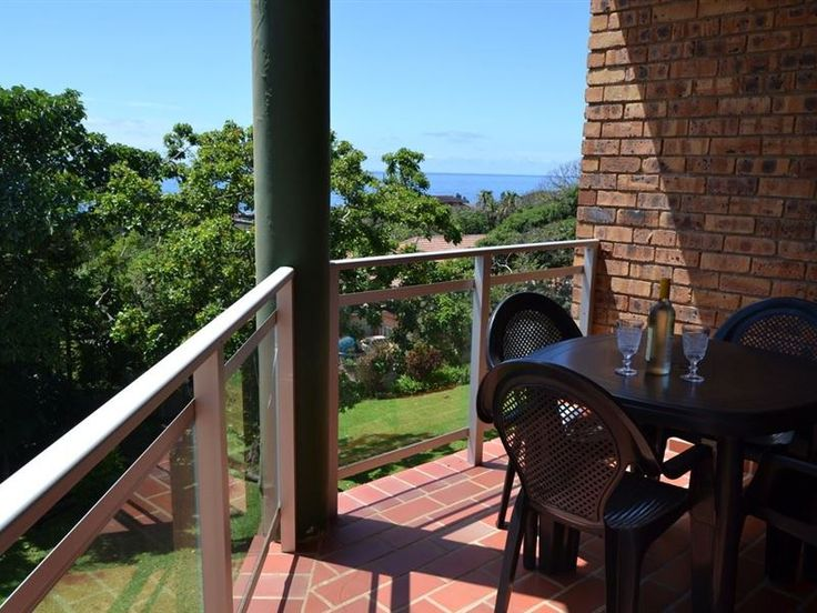 Providence 71 - Welcome to Providence 71. Perfectly located with wonderful views of the ocean from the balcony and both bedrooms, this is a charming tastefully furnished, light and airy apartment. It has 2 bedrooms and ... #weekendgetaways #margate #southcoast #southafrica