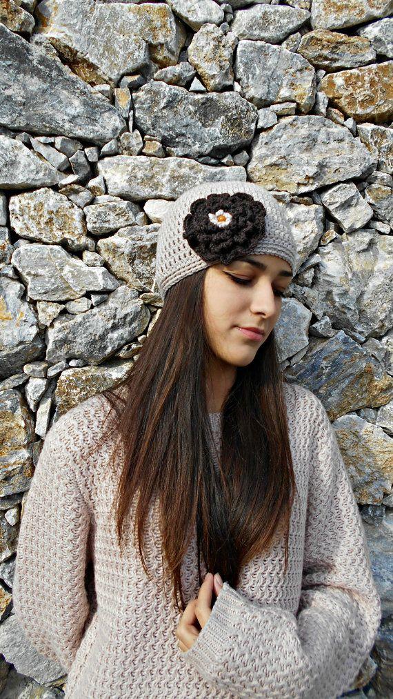 chemo cap  crocheted cloche pure merino hat by LAlabastroCreazioni