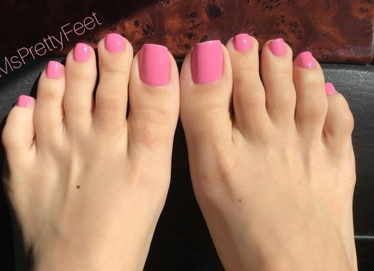 8 best LONG BEAUTIFUL TOENAILS images on Pinterest | Long toenails ...