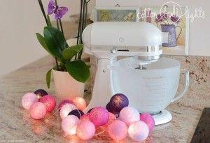 Home decor. Violets - zestaw Cotton Ball Lights