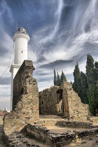 El Faro y las Ruinas del Convento de San Francisco. Una postal típica de nuestro…