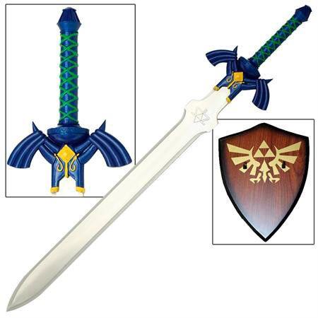 Espada The Legend of Zelda: Skyward Sword, 95cm  Réplica de la Espada Maestra de Link, que aparece en el videojuego The Legend of Zelda: Skyward Sword, de 95cm de longitud.