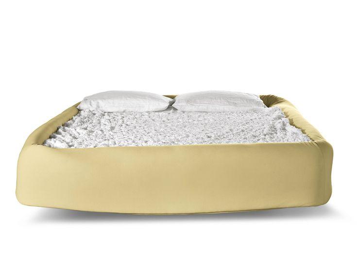 COLLETTO Bed by Lago design Nuša Jelenec