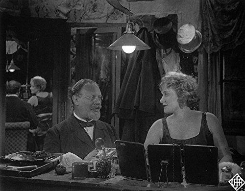 Marlene Dietrich and Emil Jannings in Der blaue Engel (1930)