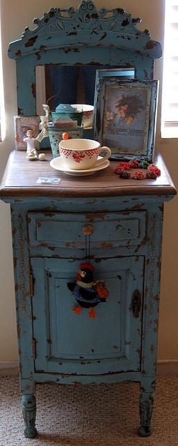 Robin's Egg Blue cupboard in my bedroom | Flickr - Photo Sharing!256 x 640 | 66.8 KB | www.flickr.com