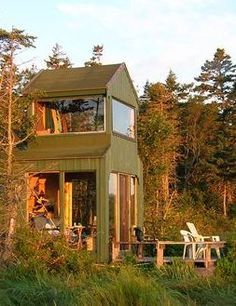 Want a bird's eye view of nature? Spend a night in The Bird House at Castalia Marsh Retreat on Grand Manan Island for a front-row seat to rugged island wilderness. http://www.tourismnewbrunswick.ca/Products/C/CastaliaMarshRetreat.aspx?utm_campaign=tnb+social&utm_medium=owned&utm_source=pinterest
