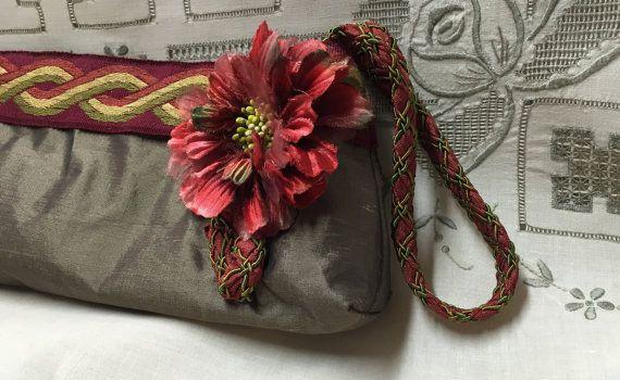 Evening Clutch  Dove Silk Clutch Purse  Bridal by RescuedOfferings
