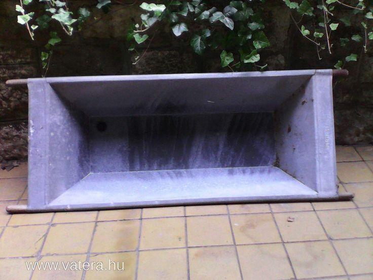 Bádog kád - 1 Ft - Nézd meg Te is Vaterán - Kád - http://www.vatera.hu/item/view/?cod=2088970445