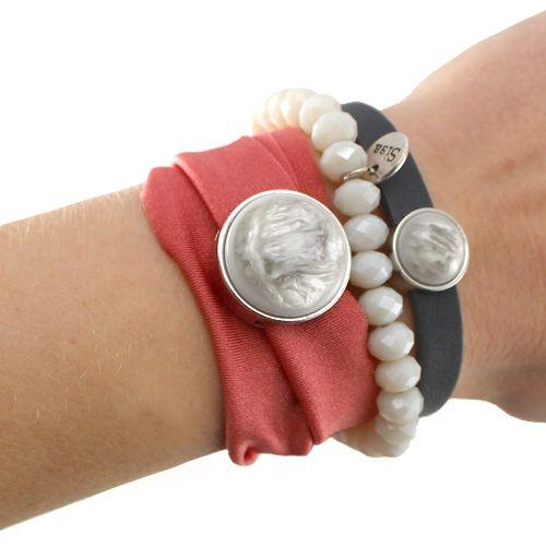 Mooie armbanden gemaakt met Ibiza draad, facet kralen en Cuoio armbanden #ibiza