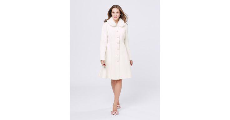 Review Australia - Snow Queen Coat Winter White