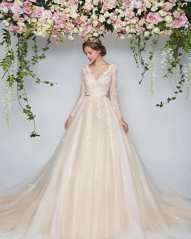 After The Wedding Dress Ideas: The Perfect Dress For Your Happily-ever-after!