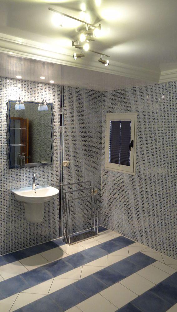 7 best Badezimmer images on Pinterest Room, Bathroom ideas and - rollos für badezimmer