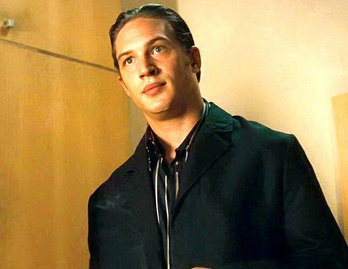 TH0025B - Layer Cake (2004) Tom Hardy as Clarkie. A successful cocaine dealer gets two tough assignments from his boss on the eve of his planned early retirement. Stars: Tom Hardy, Daniel Craig, Jamie Foreman