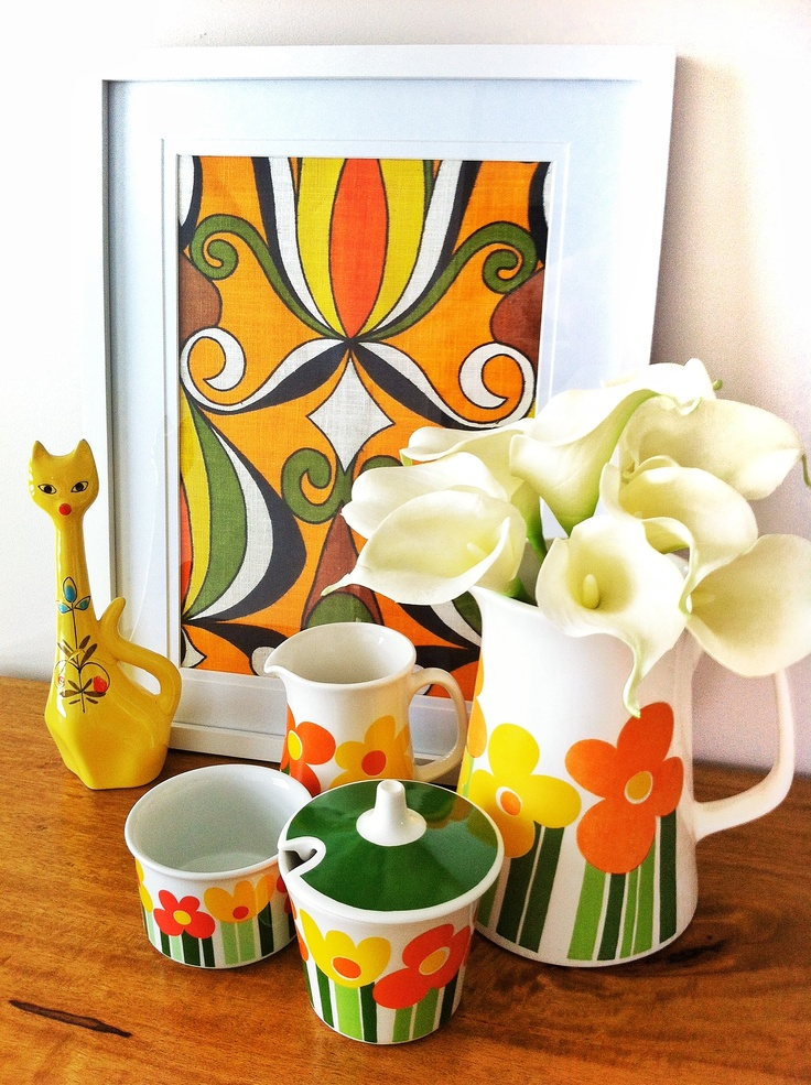 7vignettes-day 5-theme-porcelain/ceramic. Collection of Figgjo Annemarie, yellow cat and vintage tea towel framed and white lillies
