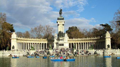 Il Parque del Retiro, il polmone verde di Madrid | #Madrid #TRAVELSTALES