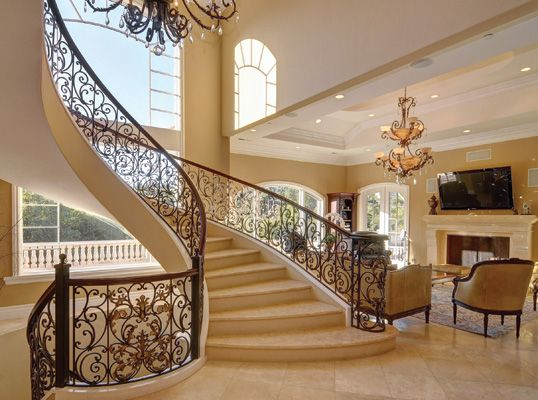 Lhm Silicon Valley This Elegant 8000 Sf Italian Villa