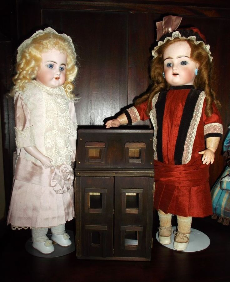 Manwaring style mini wood dollhouse, Toy for your antique dolls, all handmade