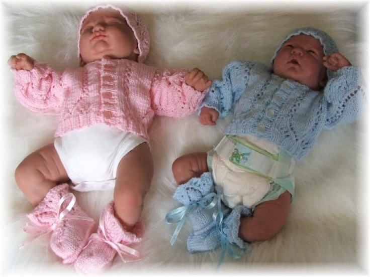 Knitting Patterns For Very Premature Babies : Knitting pattern for Premature baby Cardigan, hat and bootees set - FREE (ano...