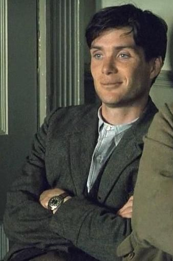 I had to pin this pic somewhere because I love him! I may have to make a board just for him! Cillian Murphy