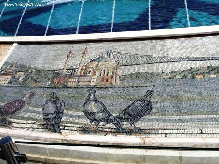 Вот такое необычайное произведение искусства, на котором изображена часть Босфорского побережья, район Ортакёй. Услуги русскоговорящих гидов в Стамбуле  http://trvipguide.com/guide-in-istanbul