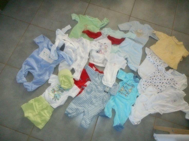 http://www.ebay.fr/itm/lot-vetement-bebe-1-mois-garcon-naissance-pyjama-body-/161881965489?hash=item25b0eac3b1:g:lkkAAOSwo0JWP1bH