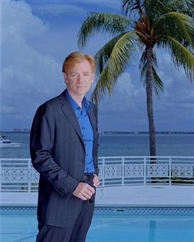 David Caruso stars as Horatio Caine, a former homicide detective, heads a group of investigators who work crimes amid the steamy tropical surroundings and cultural crossroads of Miami on