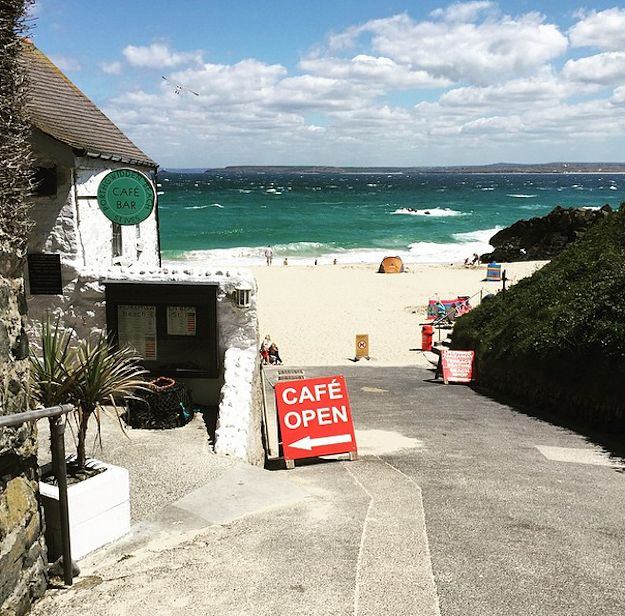 17 Breathtaking Places To Eat In Cornwall