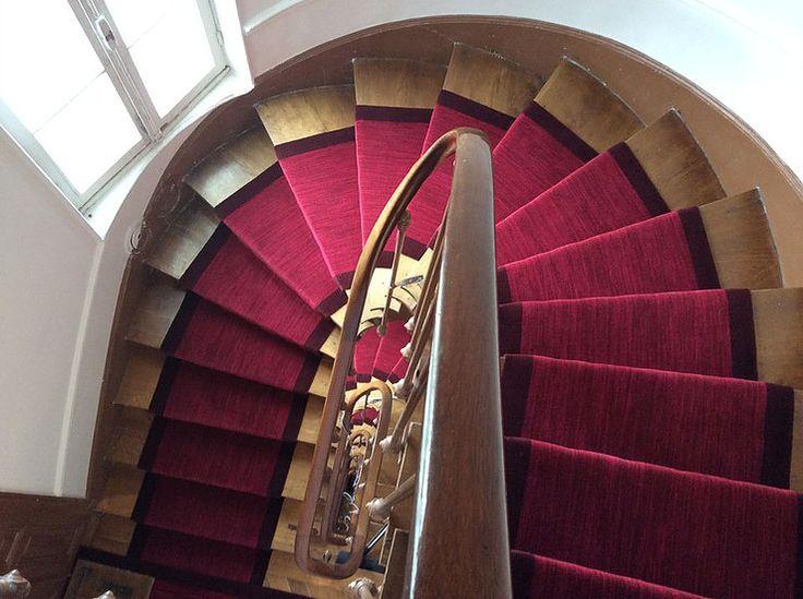 Batignolles tapis cage d escalier immeuble en 2019 tapis escalier tapis et moquette - Tapis hall d immeuble ...