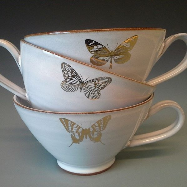 cups with golden butterflies  www.sagakeramik.se #coffee #mug #cup #ceramic #butterfly