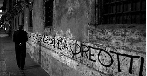 Il divo, La spettacolare vita di Giulio Andreotti :: directed by Paolo Sorrentino, 2008