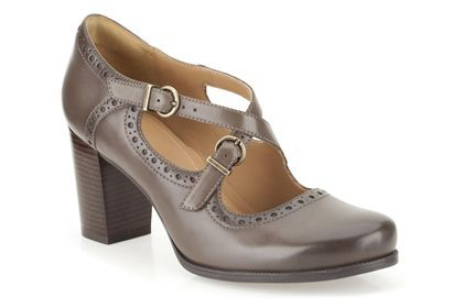 Womens Casual Shoes - Ciera Dusk in Grey Leather from Clarks shoes Size 6D
