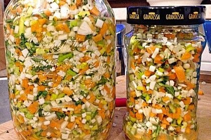 Eingesalzenes Gemüse für Gemüsebrühe 1